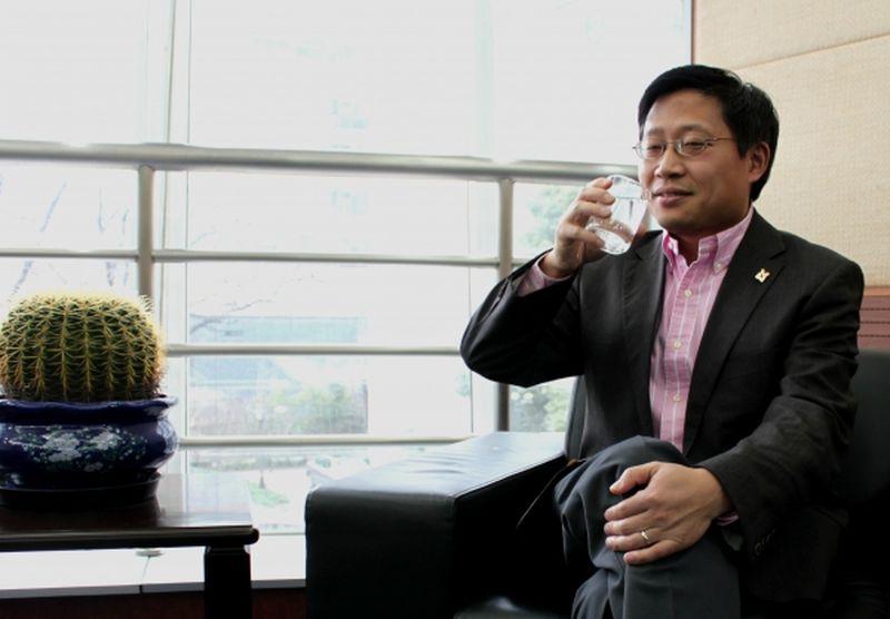 Почему китайцы пьют горячую воду в жару